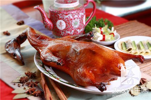 【怎样炖鸭肉好吃又简单】_制作方法_做法大全-大众养生网