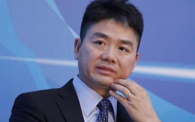 刘强东终于放大招取消员工底薪后京东净利润榨出33亿元【热点生活】