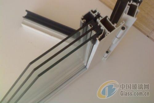 中空玻璃性能与用途优点怎样确保中空玻璃的质量【热点生活】